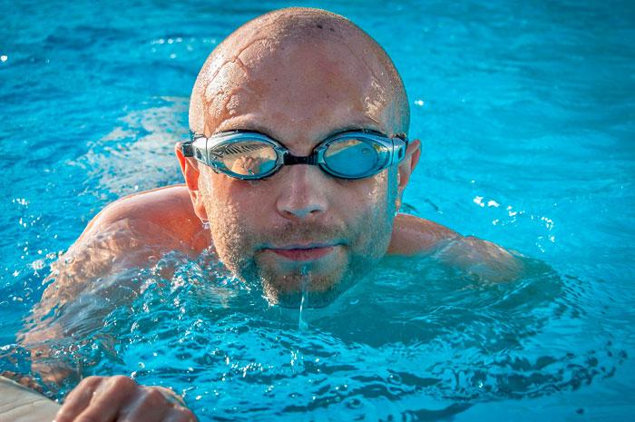 ojos piscina